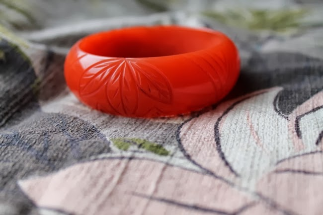 lucite bakelite carved bracelet look alike