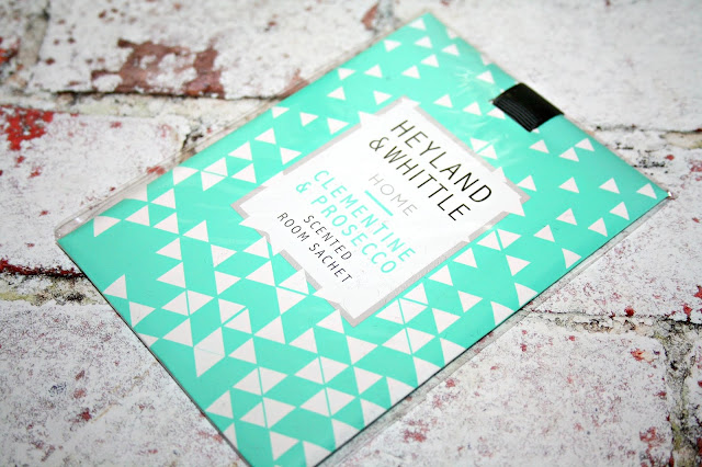 Heyland & Whittle Scented Room Sachet