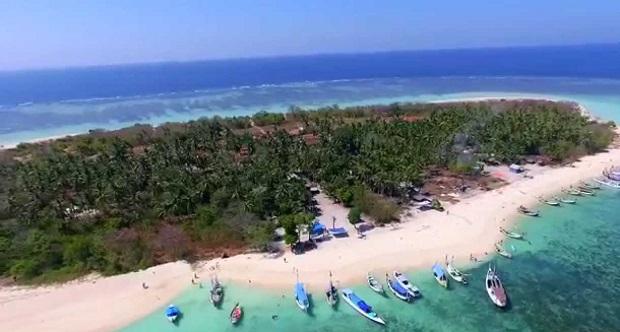 Pulau Gili Labak Sumenep - Wisata di Sumenep Yang Makin Ramai Dikunjungi Turis