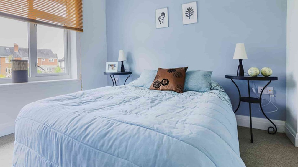 warna cat kamar tidur yang menenangkan terbaru