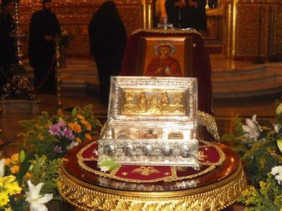 στο Άγιο Όρος, στη Μονή της Πέτρας του αγίου Σίμωνα (Σιμωνόπετρα), φυλάσσεται ένα άφθαρτο γυναικείο χέρι