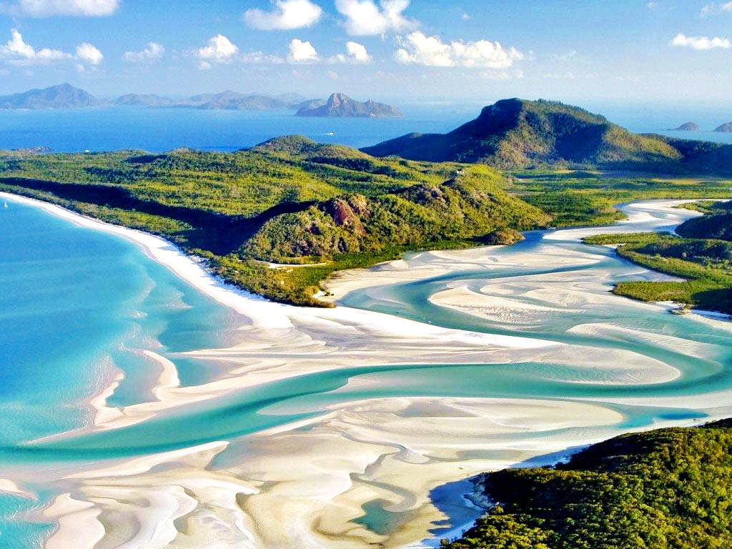 La Dolce Vida White Haven Beach Australia