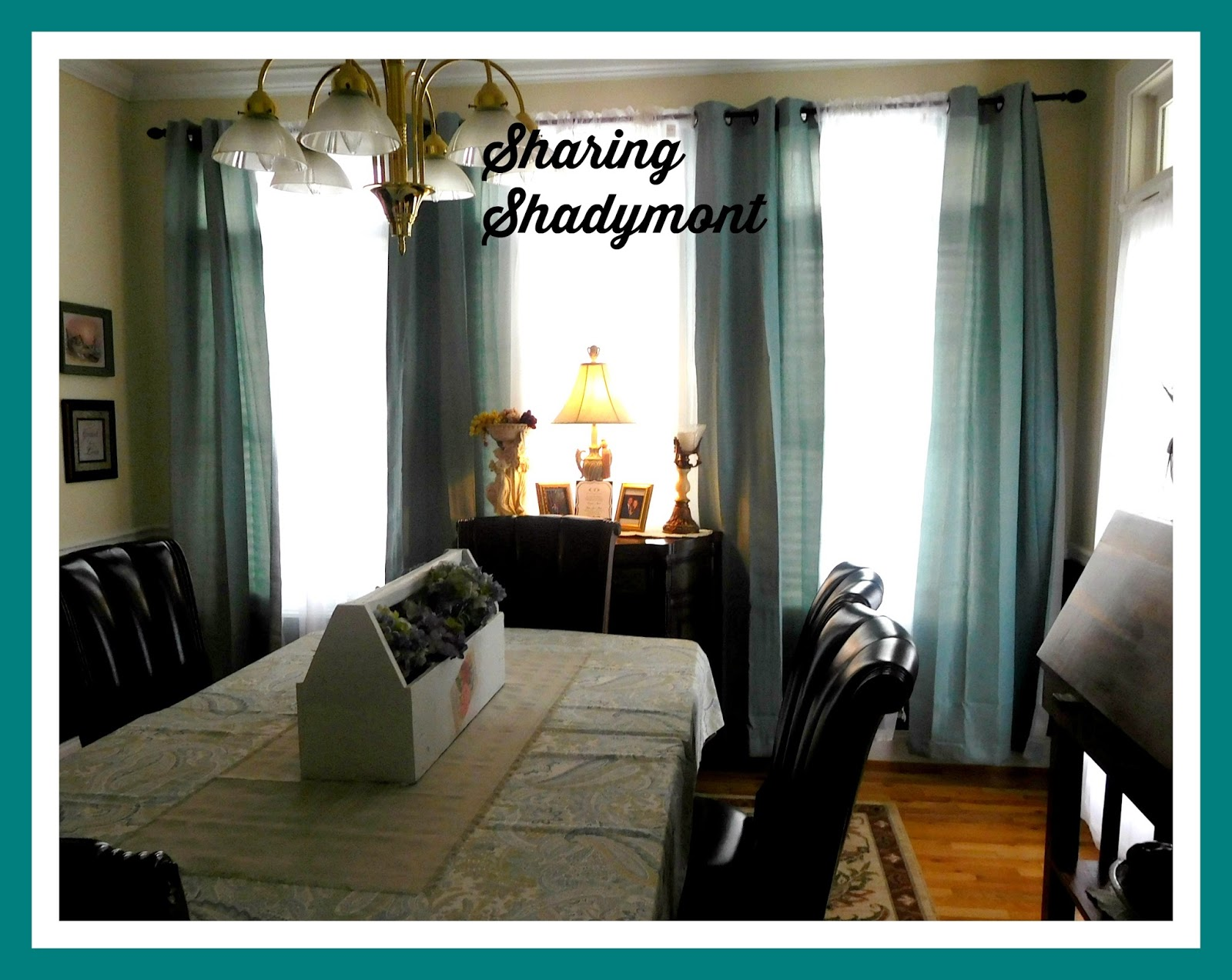 Sharing Shadymont Coordination Of Living And Dining Rooms
