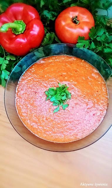 Zupa krem z pieczonych pomidorów i papryki na ostro