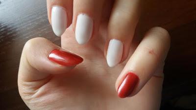 paznokcie-hybrydowe-czerwone-biale-nail-swiateczne-christmas-inspiracje-pomysly