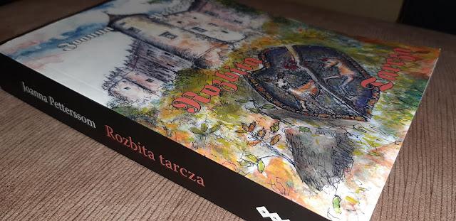 """""""Rozbita tarcza"""" Joanna Pettersson"""
