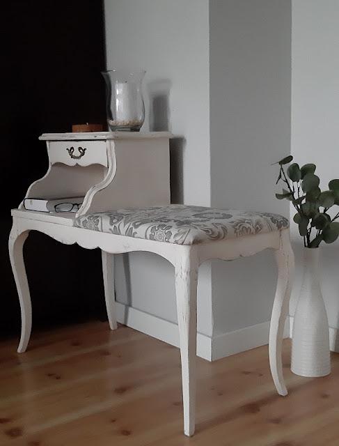 Romantyczna ławeczka
