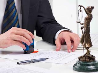 Nuestros abogados de extranjería de Granada le ayudan con su expediente de expulsión