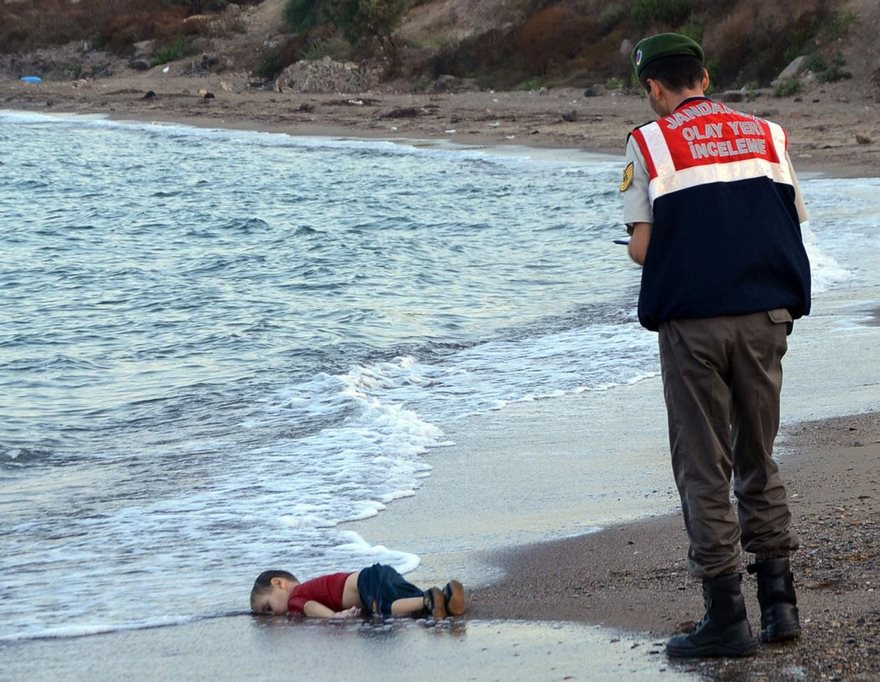 #7 Alan Kurdi, Nilüfer Demir, 2015 - Top 100 Of The Most Influential Photos Of All Time
