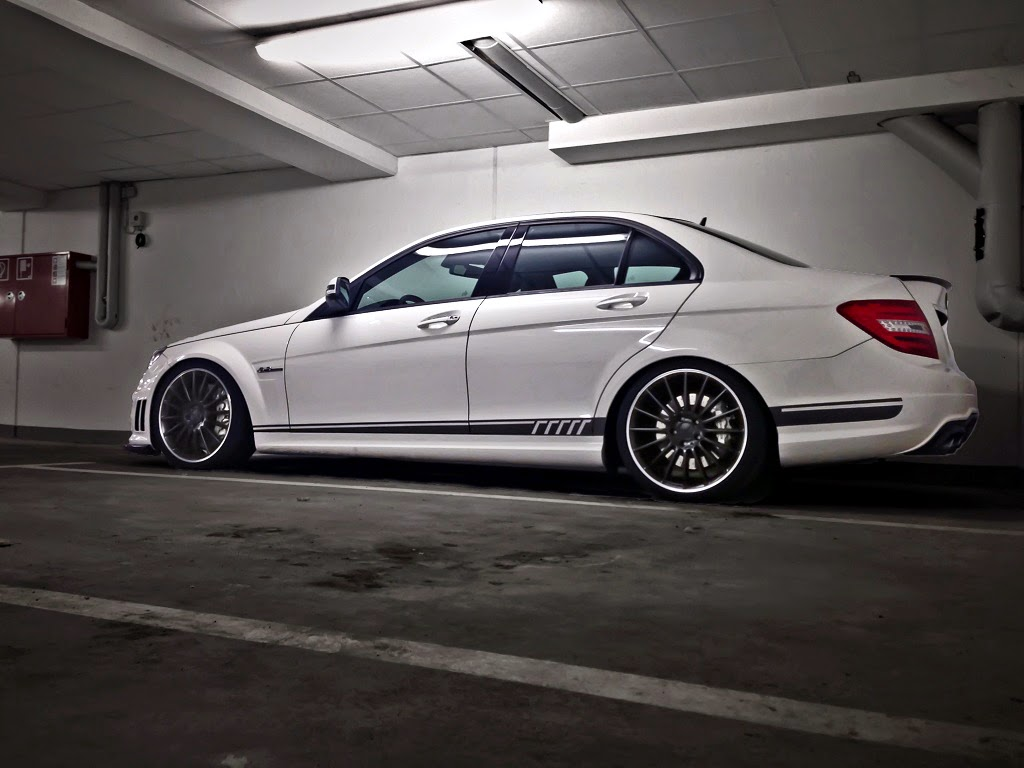Mercedes-Benz W204 C63 AMG White on Black Wheels | BENZTUNING