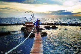 wisatawan pantai bondo