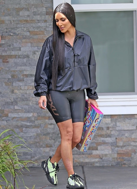 quality design 99dd7 130f4 Jaiyeorie .. GIST FOR YOU: Kim Kardashian West Steps Out In ...