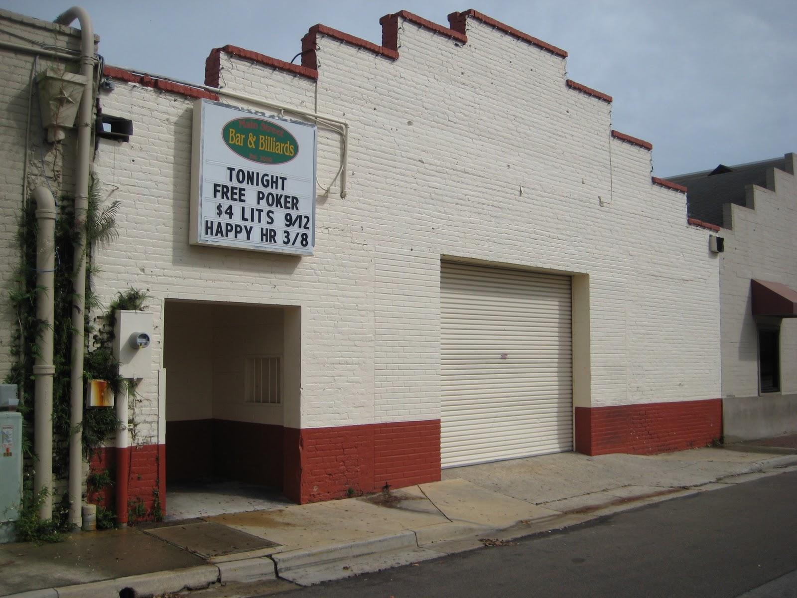 Animal House Back Bar - IMG_1628_Download Animal House Back Bar - IMG_1628  Gallery_67177.JPG