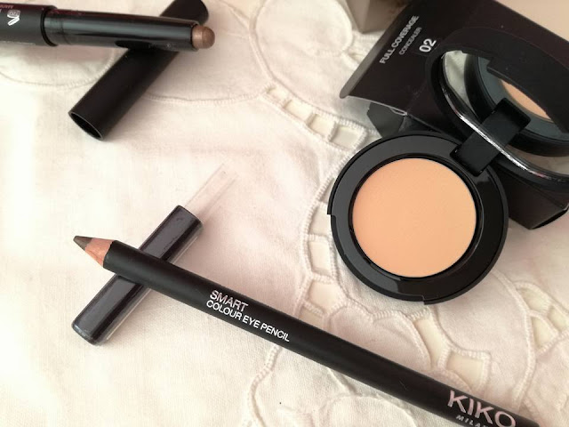 kiko Long lasting stick eyeshadow e  Smart colour eye pencil