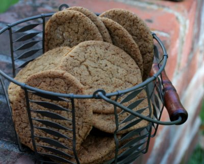 Molasses Cookies ♥ KitchenParade.com, an old-fashioned cookies, soft, chewy or crisp, your choice.