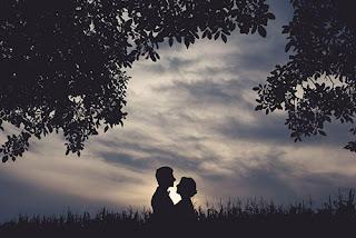 Kumpulan Pantun Cinta Romantis Rindu 100% Lengkap