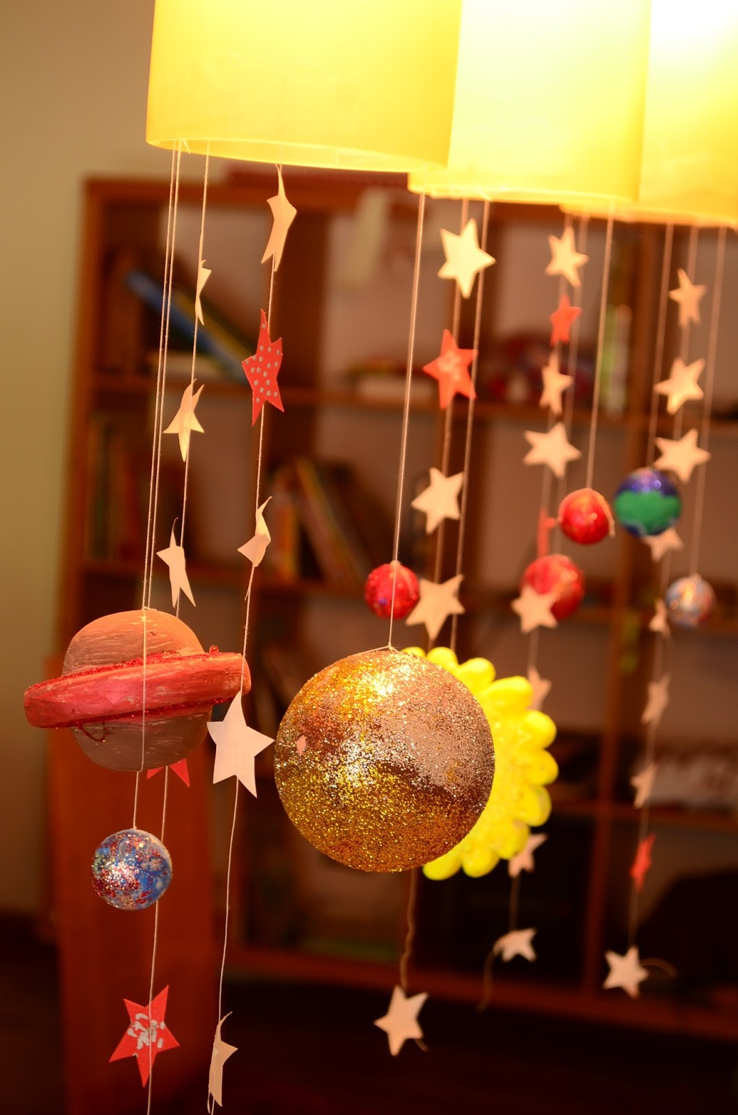 The Practical Mom: Our DIY Solar System Mobile