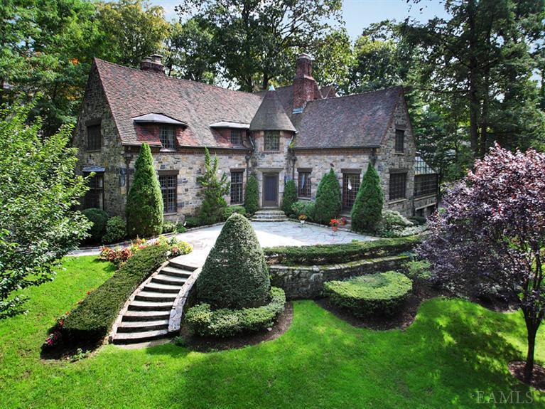 Victorian gothic interior style victorian gothic interior - Tudor style house interior ...