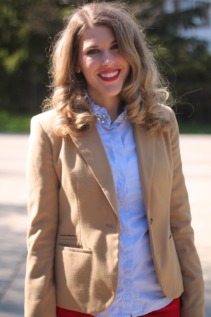 jeweled collar button up top, tan blazer, red jeans, leopard flats, Tory Burch tote