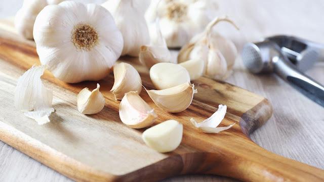 Makan 6 Siung Bawang Putih Panggang Sehari, Ini yang Akan Terjadi...