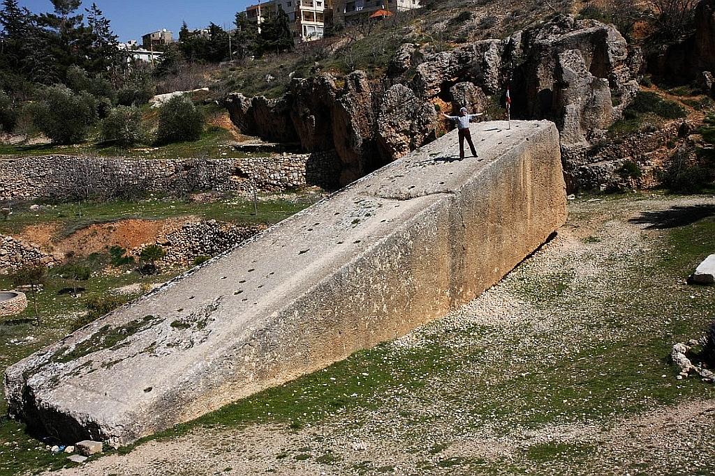 Baalbek i starożytny port kosmiczny.