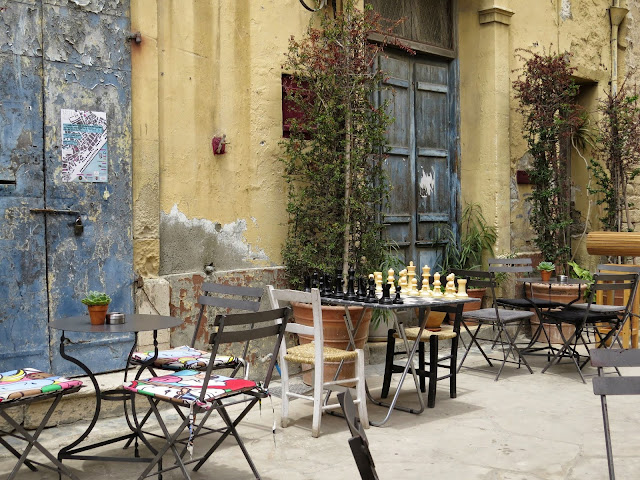 One Week in Cyprus: Old Town Lemesos alleyway and chess set
