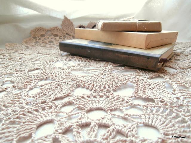 serweta wykonana szydełkiem