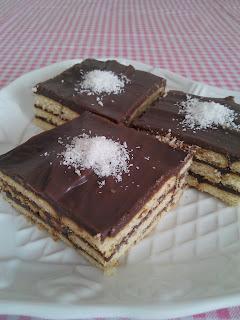 Pudingli bisküvi pastası tarifi