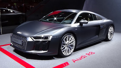 auidi r8 coupe en iyi araba