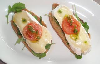 tosta de pan con queso