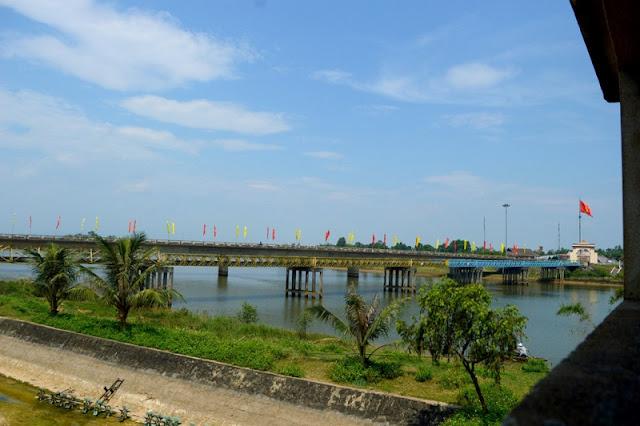 Central Vietnam Food -  Destination for Culinary Tourisms 14