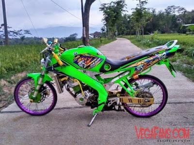 Foto Modifikasi Motor Vixion Thailook Hijau