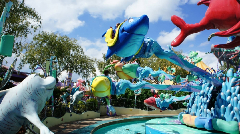10 brinquedos mais suaves no islands of adventure em for One fish two fish red fish blue fish costume