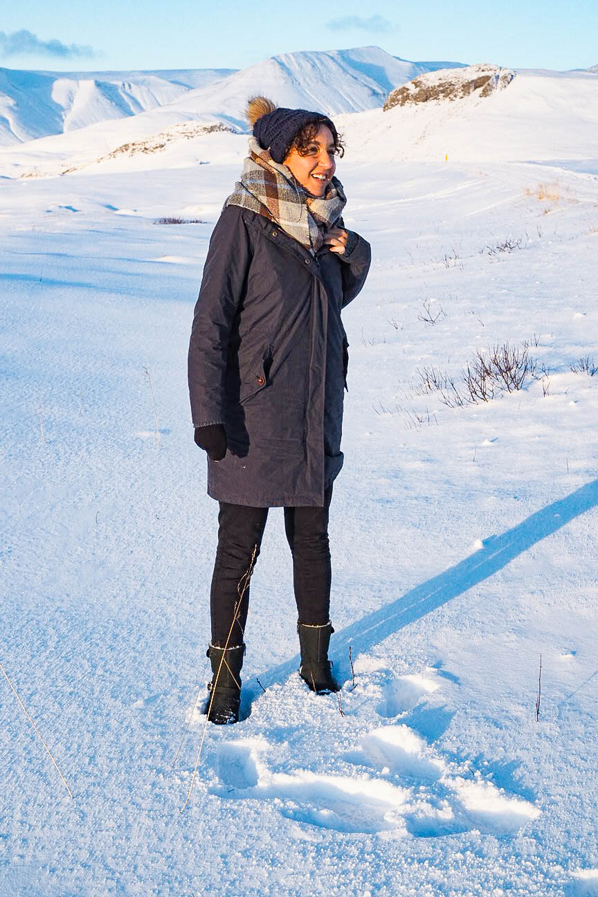 Travel blogger in the snow