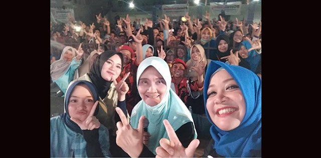 Relawan GerakJateng Kenalkan Prabowo-Sandi Lewat Konser Indonesia Menang