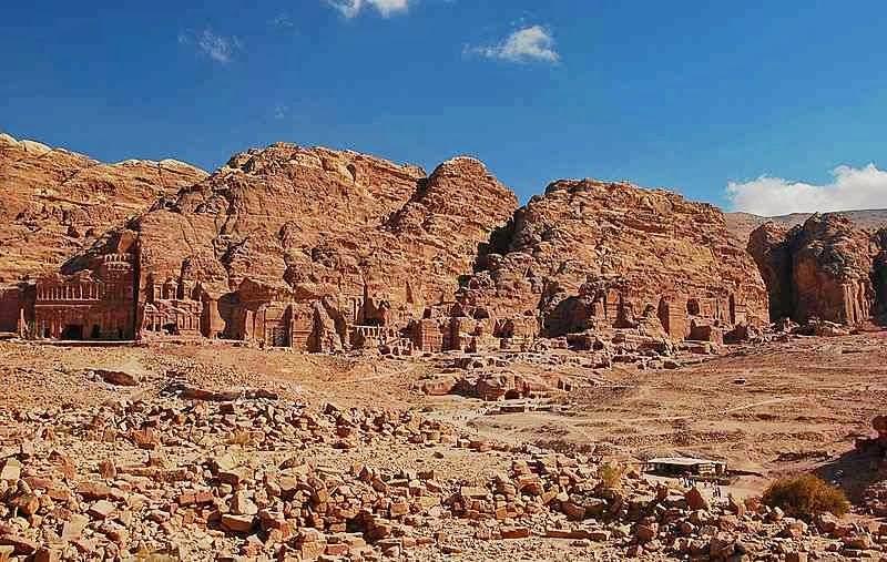 petra,yordania,wisata yordania,kota hilang