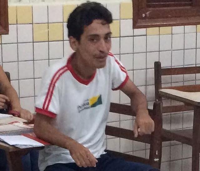 Homem é baleado na frente de casa e morre após cirurgia em hospital em Cruzeiro do Sul