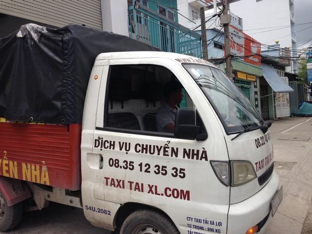 DICH-VU-TAXI-TAI-CHUYEN-NHA-TRON-GOI-QUAN-7-TPHCM