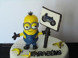 minions moto cake