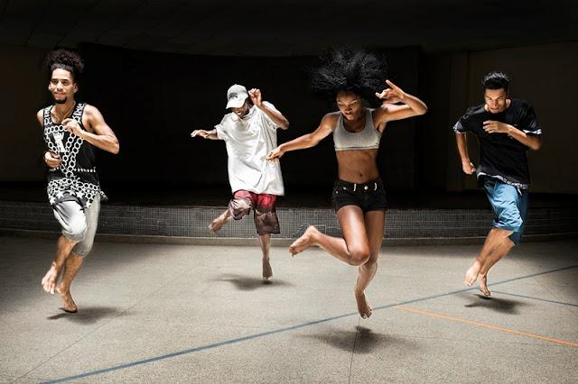 """Fenômeno da dança, grupo """"Os Clássicos do Passinho"""" esquenta o fim de semana no Sesc Registro-SP"""