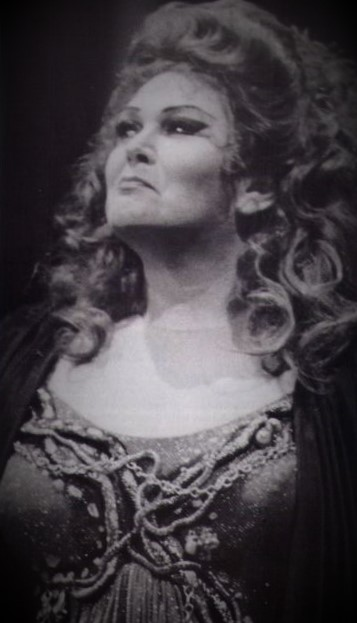 Soprano NANCE GRANT as Ortrud in Victoria State Opera's 1985 - 1986 production of Richard Wagner's LOHENGRIN [Photograph © by Victoria State Opera]