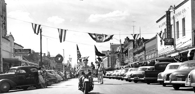 Kerrville: Rodeo Days Parade on July 4th, 1950s.
