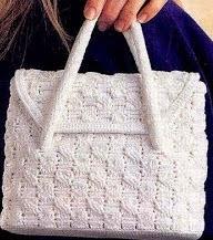 http://manualidadesreciclables.com/15654/patron-de-bolso-a-crochet