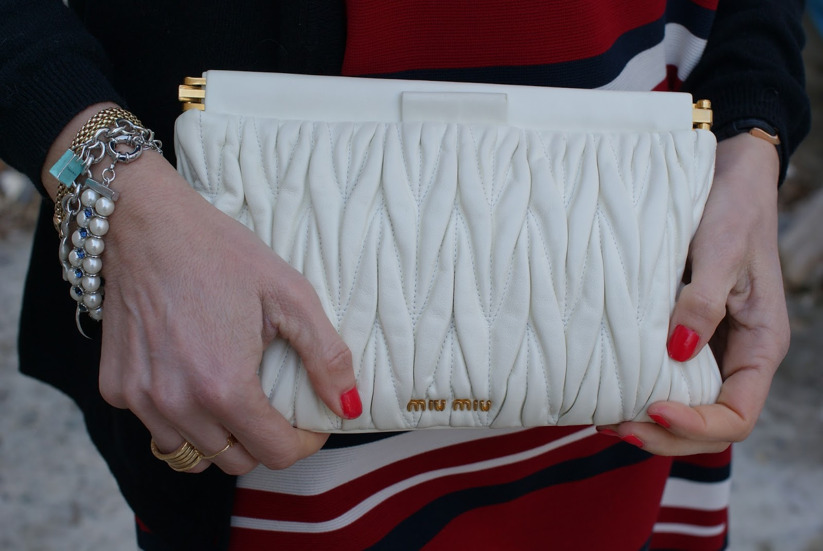 Miu Miu quilted leather clutch on Fashion and Cookies fashion blog, fashion blogger style