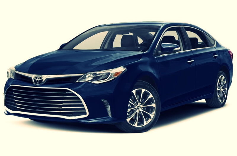 2018 Toyota Avalon Xle Plus and Interior