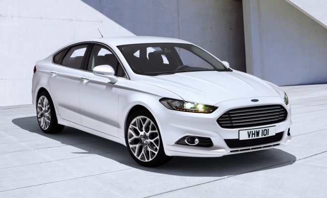 2012 Ford Mondeo - front view