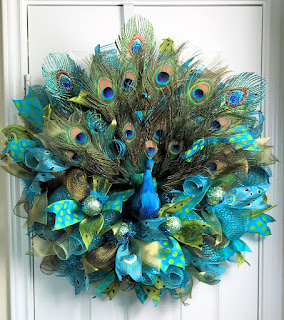 Luxury on the peacock decorations