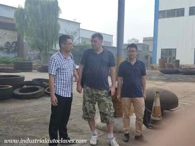 Russia Customer Visited Our Stainless Tank Heads Factory