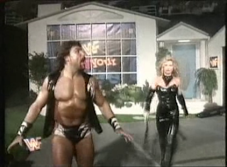 WWF / WWE - IN YOUR HOUSE 8 - BEWARE OF DOG - Wildman Marc Mero beat Triple H in an awesome opening match