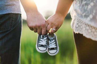 pareja-embarazo